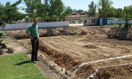 Las obras del Complejo Deportivo Municipal de Moraleja avanzan a buen ritmo, según Rubén Blanco