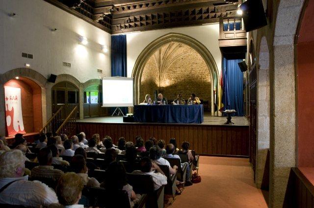 La Diputación de Cáceres adelanta el Plan de Obras 2011 a los pequeños municipios