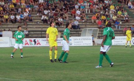 El Cacereño recibe a un Segunda División como el Salamanca como primera piedra de toque