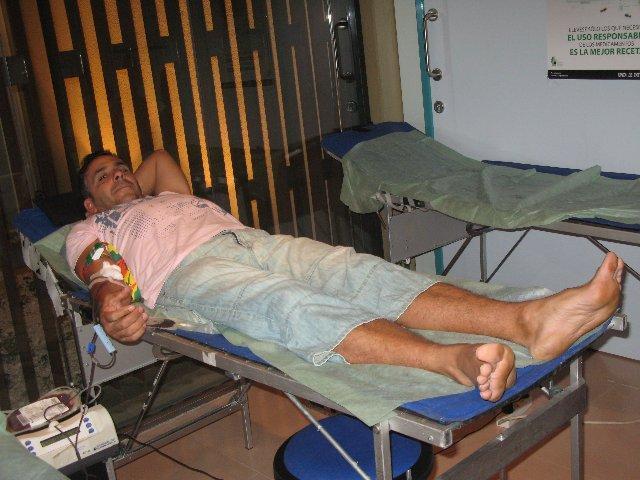 Más de un centenar de vecinos de Moraleja y comarca donan sangre en el centro de salud del municipio