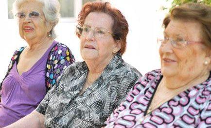 El Sepad invierte más de 6 millones de euros en la gestión directa de centros de día en Extremadura