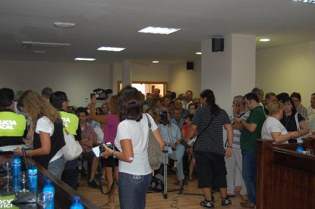 La socialista Teresa Roca llega a la alcaldía de Moraleja y tiende una mano al PP para acabar con la crispación