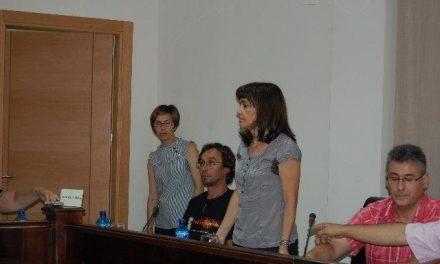 Teresa Roca prescinde de cuatro personas de confianza y anuncia la convocatoria de la comisión del agua