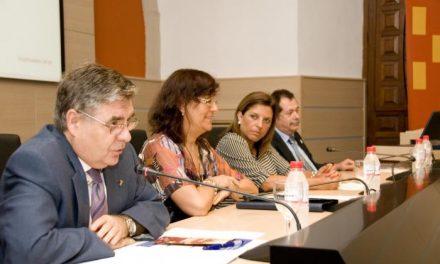 Los Colegios Mayores debaten en un encuentro en Cáceres sobre el presente y futuro de sus centros