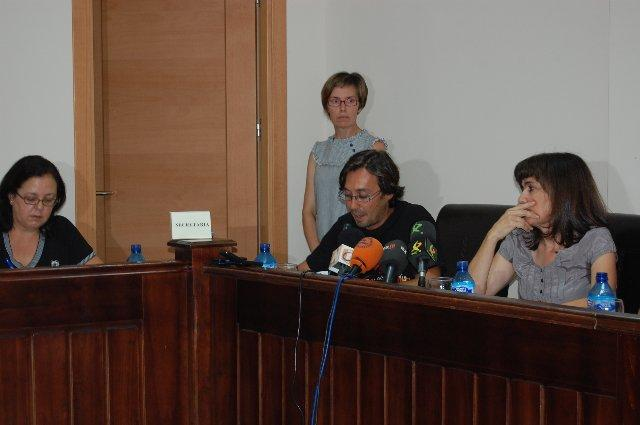 David Pérez no se plantea de momento presentarses en una lista en las próximas elecciones del 2011