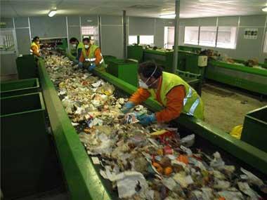 La consejería de Industria inicia las obras en el ecoparque de Badajoz para duplicar su capacidad