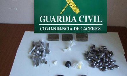 La Guardia Civil detiene a dos personas en Valverde como presuntos autores de un delito de tráfico de drogas