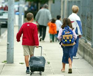 El curso se inicia en la región con 184.323 escolares y con el reto de reducir la tasa de abandono escolar