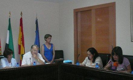 El boletín de la provincia publica la dedicación exclusiva de la alcaldesa de Moraleja, Teresa Roca