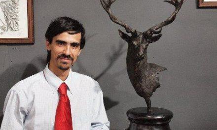 El escultor Víctor Campón hace un balance satisfactorio de su participación en FECIEX 2010 en Badajoz