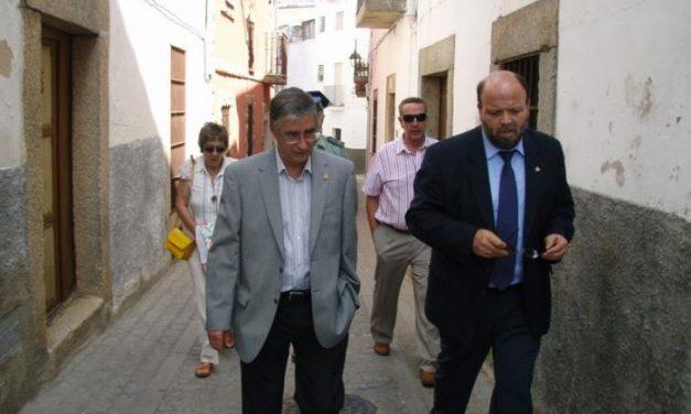 El Subdelegado del Gobierno, Fernando Solís, inaugura en Montánchez la Sala Velatorio financiada por Plan E