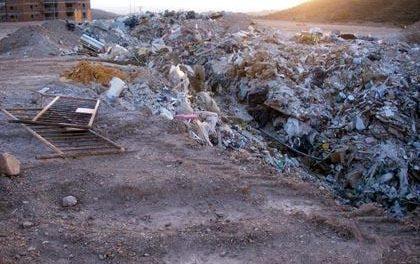 Ecologistas denuncia ante el Seprona que hay doce escombreras ilegales en el casco urbano de Badajoz