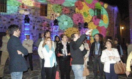 Arranca en Cáceres el II Urban Screens con 16 instalaciones audiovisuales en edificios representativos
