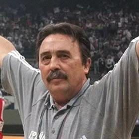 Mérida distingue a Juan de Dios Román como emeritense del deporte «mundialmente» conocido