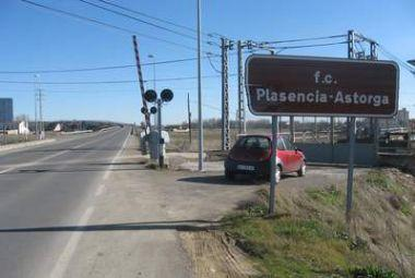 La Plataforma en Defensa del Ferrocarril pide el apoyo de Pereira para la recuperación del tren de la Vía de la Plata