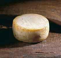 Los productores de queso de Acehúche comienzan a sentar las bases para conseguir el sello de DOP