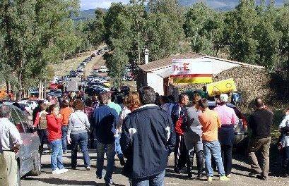 La villa de Granadilla recupera la tranquilidad y celebra el día de Los Santos sin chiringuitos ni megafonía