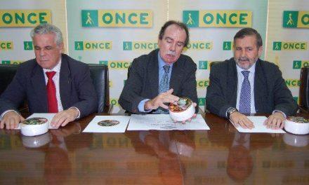 La ONCE incluirá en su catálogo de productos para invidentes al Queso de la Serena con etiqueta en braille