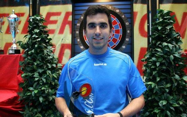 El cauriense Álvaro Puerto se proclama campeón de España individual nivel II de Dardos Electrónicos
