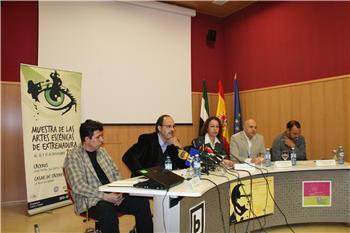 La consejera de Cultura anuncia la futura aprobación de la normativa de la Red de Teatros de Extremadura