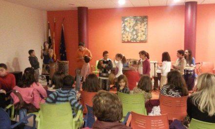 """Más de 100 personas asisten a la clausura de la campaña de animación """"Tesoros de Papel"""" en Cilleros"""
