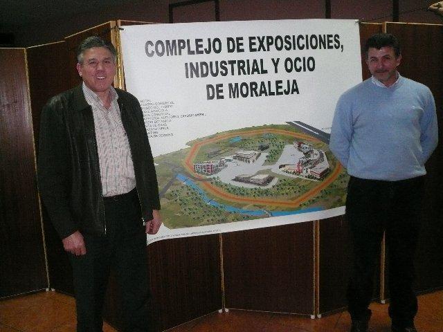 """El colectivo empresarial se planterá """"a largo plazo"""" el proyecto del Complejo de Ocio de Moraleja"""