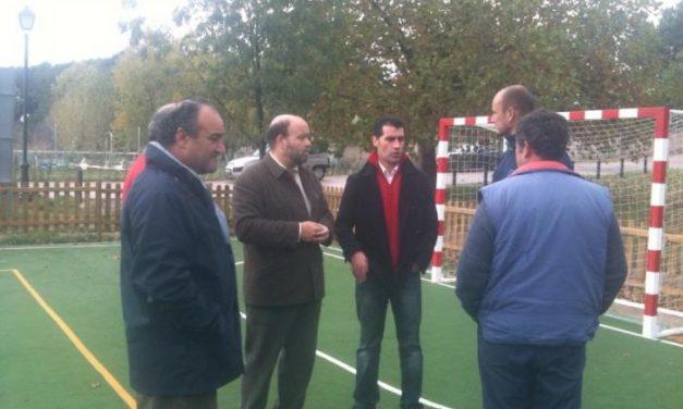 Fernando Solís visita las obras del Plan E en Hervás que han creado este año 47 puestos de trabajo