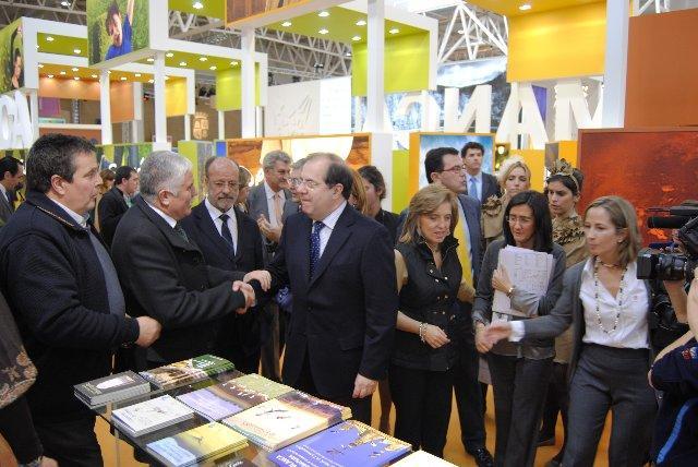 La provincia de Cáceres muestra su cara más amable en la Feria Internacional de Turismo de Interior