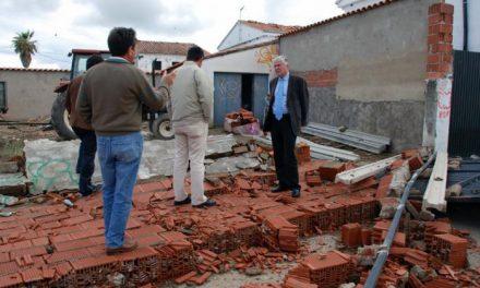 Carcaboso y Valderrosas intentan volver a la normalidad tras el tornado que arrasó los dos pueblos