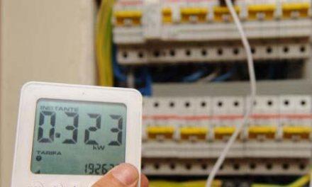 Las asociaciones de vecinos de Cáceres anuncian movilizaciones contra la subida de la tarifa eléctrica