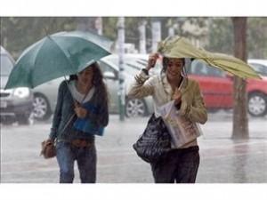 El Centro de Urgencias avisa de alerta amarilla por lluvias para este lunes en varias zonas de la región
