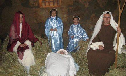 El Ayuntamiento de Moraleja atribuye a la «ruina» del consistorio la supresión de los adornos navideños