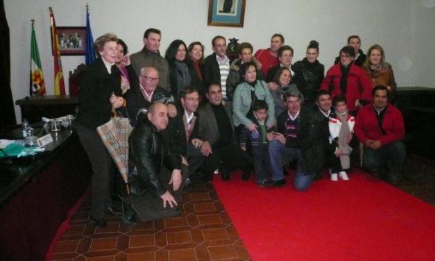 Ignacio Perianes es nombrado abanderado de San Juan 2011 ante el desplante del grupo popular
