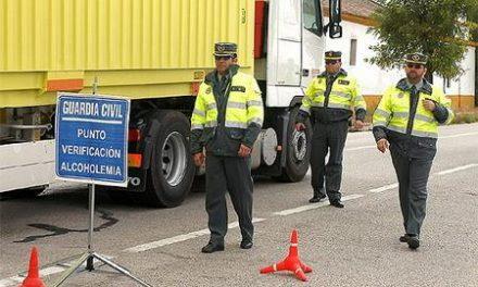 La Policía pide a los jóvenes que esta Navidad impidan conducir a los amigos que hayan bebido alcohol