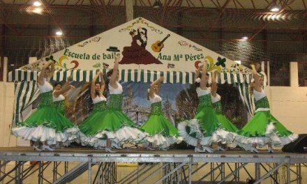 La gala navideña de flamenco y sevillanas llenó el pabellón de deportes de Moraleja con un gran éxito