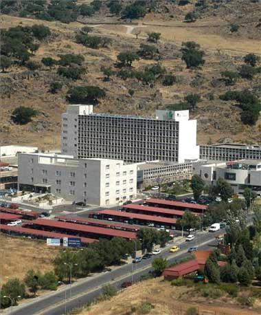 El Hospital de Plasencia registra el primer nacimiento del año, una niña que pesó al nacer 2,790 kg