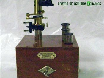 Un ocular espectroscópico es la pieza del mes en la exposición del Centro de Estudios Agrarios en Mérida