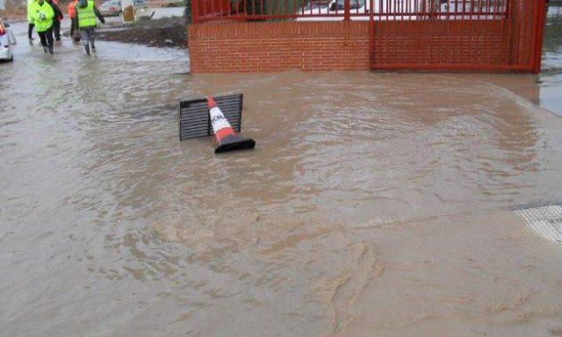 Las asociaciones de vecinos de Villanueva de la Serena culpan a las rotondas de las continuas inundaciones