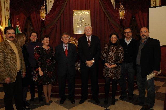 Cádiz acoge la presentación de los certámenes literarios de la Diputación Provincial de Cáceres