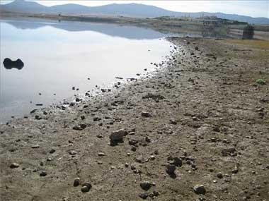 Iberdrola necesita el agua del Almonte y no sabe cuándo reanudará el trasvase al pantano del Guadiloba