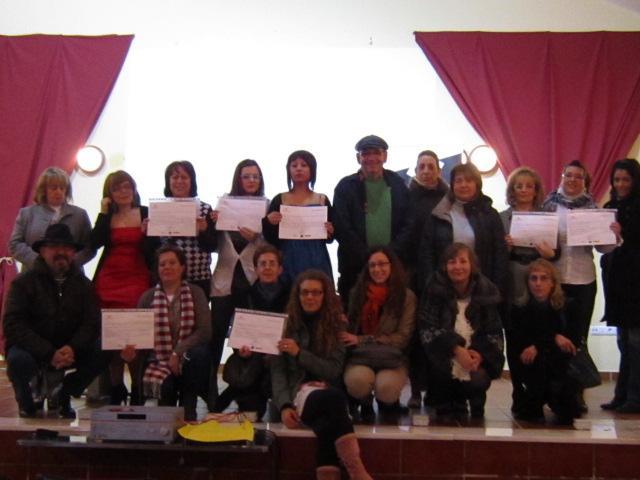 Ibahernando clausura un curso de atención sociosanitaria del Proyecto Isla de la Diputación