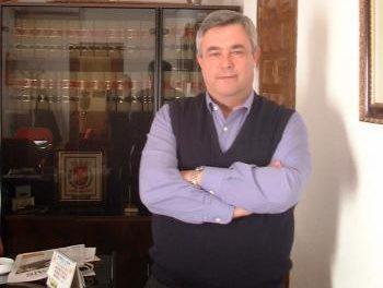 El ex alcalde de Ceclavín, Pedro González, recuerda al PP que no es un corrupto y ya ha dejado la política