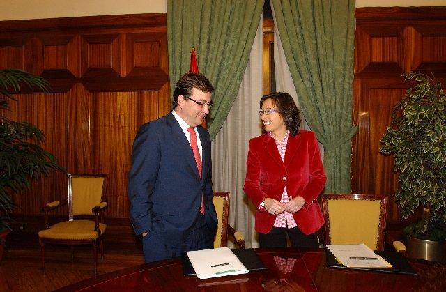 Aguilar afirma que las tarifas de riego están pendientes de estudio en la Comision de Asuntos Económicos