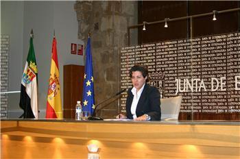 Extremadura convocará oposiciones para maestros para 239 plazas y antes del mes de julio