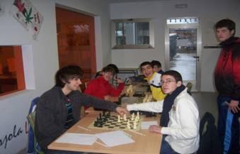 Hervás acogerá el 4 de marzo un torneo intergeneracional de ajedrez que enfrentará a jóvenes y a mayores
