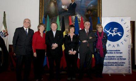 Los gobiernos locales intermedios se reivindican como actores principales en un encuentro en Cáceres