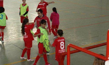 Moraleja congrega a 70 jugadoras de fútbol-sala durante la concentración infantil femenina