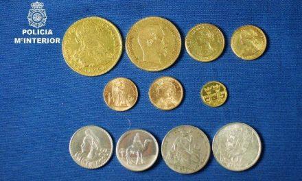La policía recupera en Mérida una colección de monedas de oro y plata de los Siglos XVIII, XIX y XX