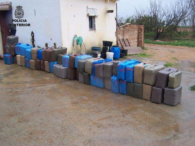 La policía desarticula un grupo organizado afincado en Badajoz dedicado al tráfico de sustancias estupefacientes