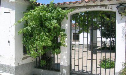 El uso del solar del antiguo cuartel de Moraleja enfrenta a la clase política de la localidad de Moraleja